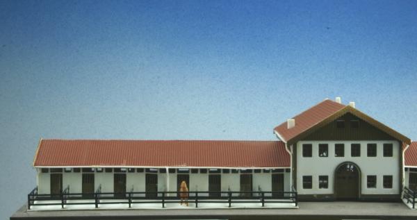 luetke modellbahn gutshof mit grossem pferdestall. Black Bedroom Furniture Sets. Home Design Ideas